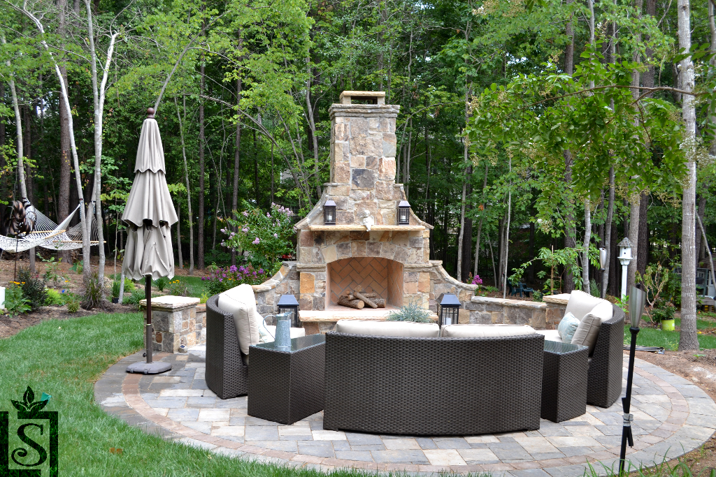 patio and outdoor fireplaces