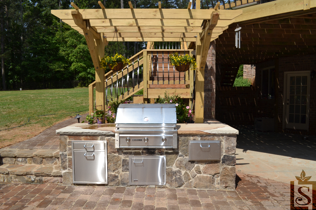 outdoor kitchens and pergolas